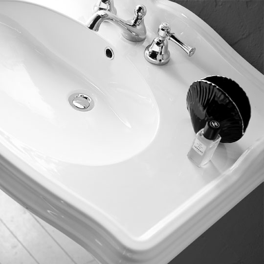 Ceramic washbasins